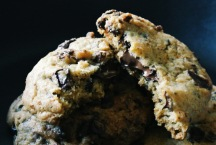 Chocolate and Raisin Cookies