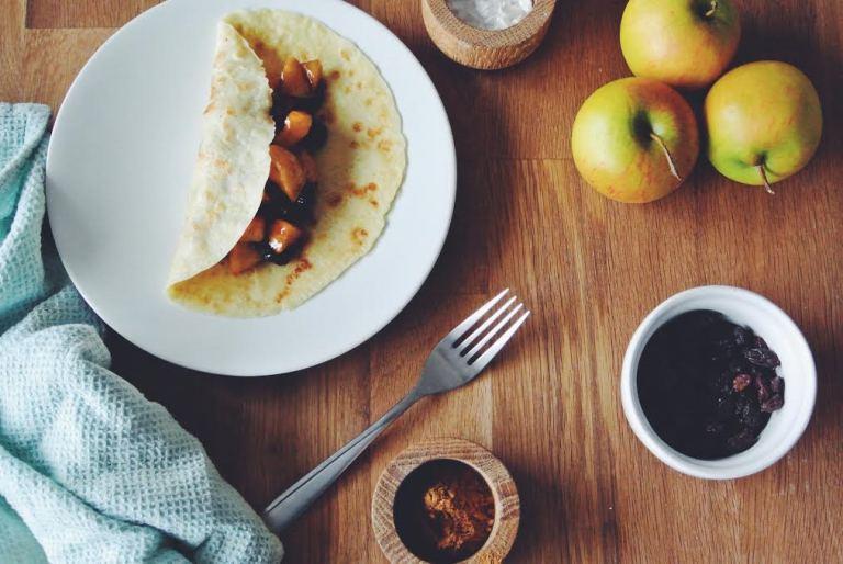 Apple, Raisin and Cinnamon Pancakes